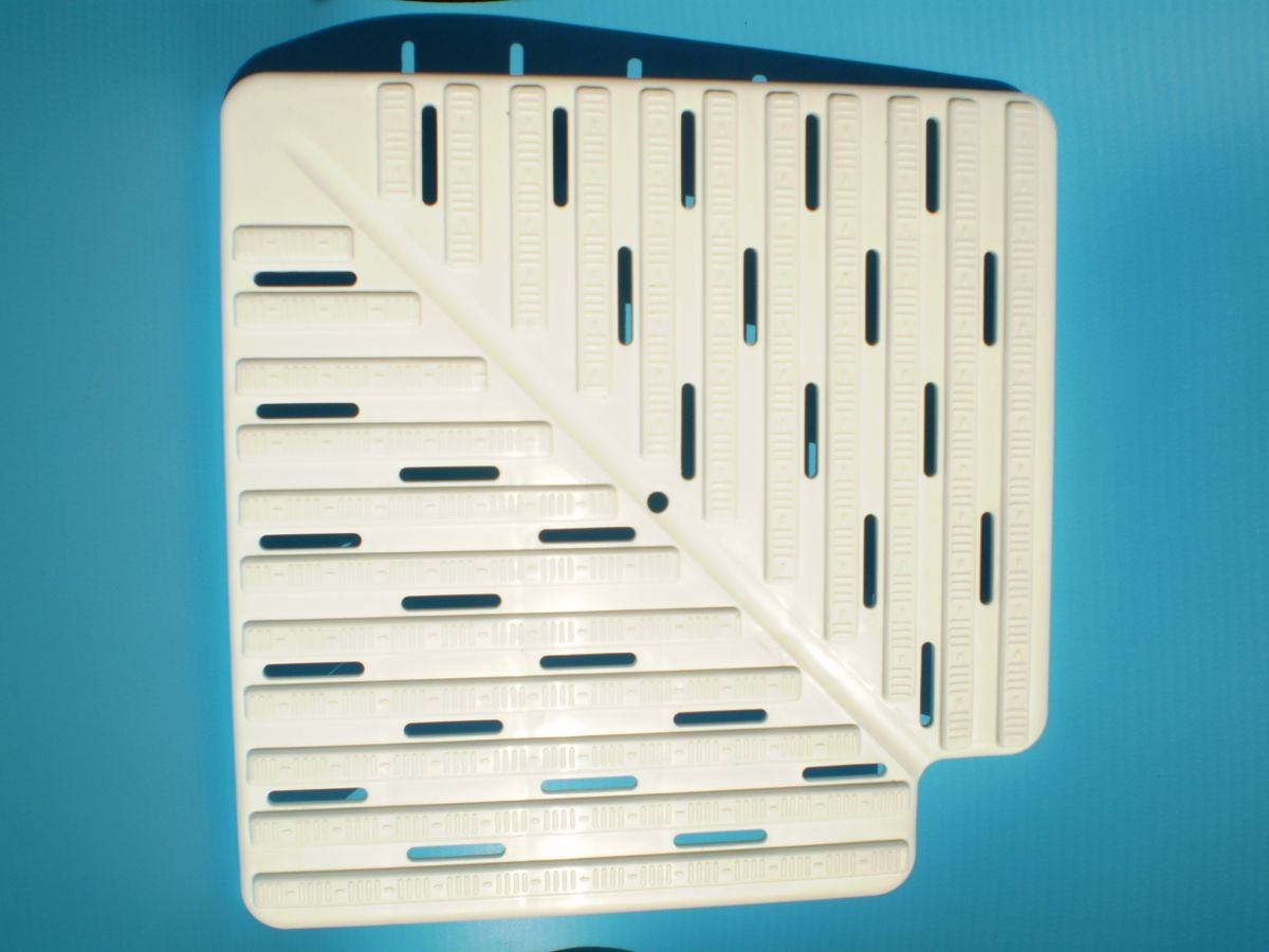 Rohové desky 90 ° k přelivovému žlábku - výška 22 mm, šířka 245 mm